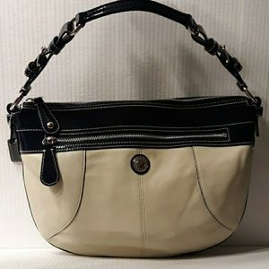 ☆Lowest☆Coach Laura Leather Med Hobo-Navy & Chalk